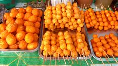 hard boiled quail eggs coated in orange batter and deep fried. Pinoy Street Food, Filipino Street Food, Filipino Food, Best Places To Move, Food Expo, Quail Eggs, Davao, Filipino Recipes, Food Pictures