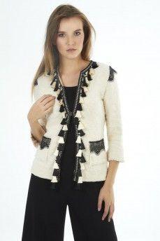 TrendspridarenThe Extreme Collection · CÁRDIGAN BEIGE BORLAS Y ENCAJE   theextremecollection  blazers  luxury  madeinspain  slowfashion   cc046b6c16701