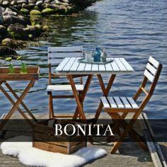 Na balkon, niewielki taras czy kawiarni. Limonka, błękit i klasyczna biel. Zestaw z drewna akacjowego BONITA teraz 20 % taniej.  http://domotto.pl/c/95/bonita-kolekcje-meble-do-ogrodu.html