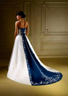 20 Beautiful Blue And White Wedding Dress Style Ideas How do you choose a wedding dress? When choosing a wedding dress, you need to consider many factors. So for example, direct wedding dresses are very unsuitable for skin tone and color. So if you li… White Wedding Dresses, Wedding Dress Styles, Bridal Dresses, Blue Dresses, Wedding Gowns, Bridal Gown, Wedding White, Dipped Wedding Dress, White Bridal