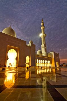 Incredible Views of Sheikh Zayed Grand Mosque