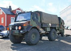 Classic Cars – Old Classic Cars Gallery 4x4 Trucks, Diesel Trucks, Lifted Trucks, Ford Trucks, Army Vehicles, Armored Vehicles, Van 4x4, Mercedes Benz Unimog, Armored Fighting Vehicle