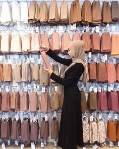 - #hijab Hijab Chic, Modest Fashion Hijab, Casual Hijab Outfit, Ootd Hijab, Hijab Fashionista, Islamic Fashion, Muslim Fashion, Hijabs, Hijab Mode Inspiration