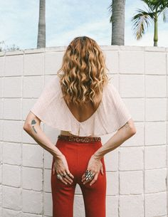 Get Styled for your Next Getaway with Novella Royale Spring Looks Fashion Poses, 70s Fashion, Bohemian Fashion, Gypsy Style, Bohemian Style, 70s Style, Boho Hippie, Chic Outfits, Fashion Outfits