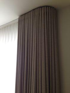 M :: Curtains