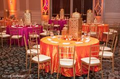 Check out Indian wedding reception couple images and other photos and videos in our gallery. Outdoor Indian Wedding, Indian Wedding Ceremony, Desi Wedding, Indian Reception, Moroccan Party, Moroccan Theme, Wedding Table Deco, Deco Table, Indian Wedding Decorations