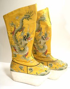 Vintage Dragon Embroidered Chinese Opera Boots