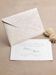 Προσκλητήριο γάμου vintage με δαντέλα