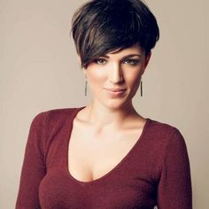 Trends short hairstyle for women brown - Easy Hairstyles short hair women – brown, Sometimes chic, sometimes androgynous, sometimes casual, sometimes sexy . Haircut Styles For Women, Haircut For Older Women, Short Haircut Styles, Short Pixie Haircuts, Short Wedge Hairstyles, Chic Hairstyles, Pixie Hairstyles, Short Hairstyles For Women, Hairstyles 2018