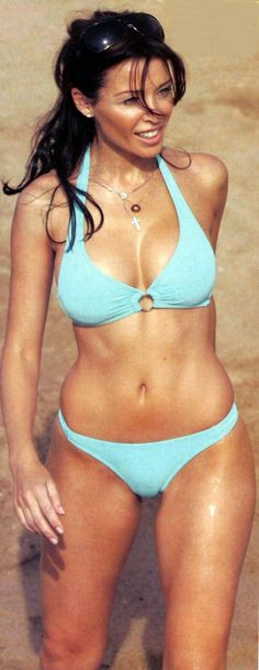 Dannii Minogue, Amazing body, bikini
