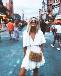 Fancy jewelry woman trend: what is the trend woman .- Bijoux fantaisie femme tendance: quelle est la tendance femme 2019 – Fancy jewelry woman trend: what is the trend woman 2019 – - Hippie Chic Outfits, Urban Style Outfits, Boho Outfits, Fashion Outfits, Urban Outfitters Outfit, Jeans Outfit Summer, Outfit Jeans, Summer Outfits, Urban Apparel