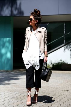 culottes and an oversized top - FashionHippieLoves Spring Summer Fashion, Spring Outfits, Fringe Sandals, Summer Looks, My Outfit, Leather Jacket, Michael Kors, Chic, Bag