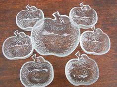 Vintage Schalen - 7 alte Dessert Schalen Apfel shabby chic - ein Designerstück…