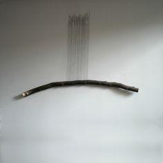 tired branch | vermoeide tak2012, 130 X 130 cm, wood, thread & pins | hout, draad & spelden© Maarten Brinkman