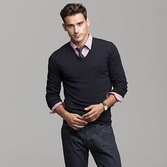 a fitted v-neck + tie, #menswear