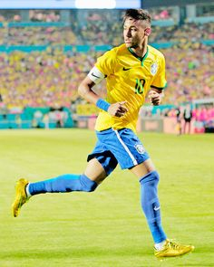 Train with professional players/coaches and improve your game today with the Sportsy soccer training app! Neymar Jr, Soccer World, Games Today, Soccer Training, Fifa, Coaching, Barcelona, Football, Guys