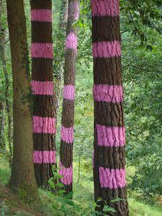 work of art created by Agustin Ibarrola, a Basque sculptor and painter Ikebana, Forest Art, Basque Country, Outdoor Art, Outdoor Ideas, Art For Art Sake, Tree Art, Body Art Tattoos, Female Art