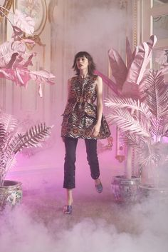 Cynthia Rowley Resort 2016 Fashion Show Cynthia Rowley, Vogue, All About Fashion, Passion For Fashion, Metal Fashion, Fashion Show, Fashion Design, High Fashion, Spring Summer 2016