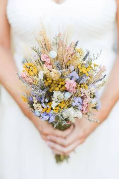 30 Fall Rustic Country Wheat Wedding Decor Ideas is part of Wedding flower trends - Planning a late summer or a fall wedding I have a brilliant and budgetsavvy ideas for you, and it's wheat! Wheat Wedding, Boho Wedding, Rustic Wedding, Fall Wedding, Wedding Ideas, Trendy Wedding, October Wedding, Wedding Season, Wedding Bride