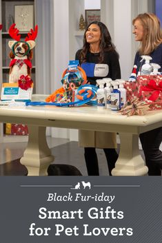 Black Fur-iday Smart Gifts for Pet Lovers. The best gifts are the ones that keep our furry friends happy and healthy. Here are a few of this season's best pet gifts, plus how you can get them at Black-Fur-iday savings! Pet Gifts, Dog Lover Gifts, Home Gifts, Christmas Gifts For Pet Lovers, Diy Gifts For Friends, Unique Toys, Unique Birthday Gifts, Love Pet, Dog Care