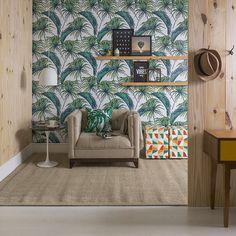 O que acha de uma decor tropical e cheia de vida  para alegrar aquele espaço esquecido da casa? Para complementar a ideia vale incluir puffs coloridos e uma poltrona puro conforto.  Produtos: - Almofada Tropical Leaves; - Papel de Parede Tropical; - Poltrona Italy Linho Bege.  #ProduçãoCasaMobly #MoblyBr #inspiration #homedecor #livingroom #decoration #casaedecoracao #colors #home #Mobly #inspiracao #minhacasa #decoracaodeinteriores