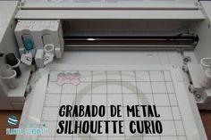 Grabado de metal con Silhouette Curio