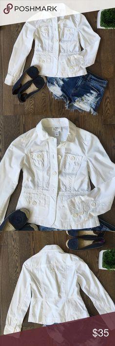 Ann Taylor Loft Jacket Ann Taylor Loft Lightweight cotton field jacket. Size 00P - could be worn by either a petite woman or a tween/teen girl. Worn a few times. EUC!! LOFT Jackets & Coats Blazers