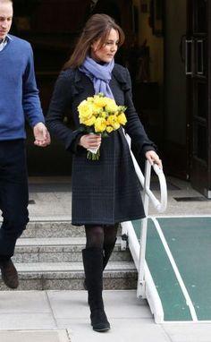 Pics of Kate Middleton fashion - kate-middleton-preganacy-dresses-dec.jpg