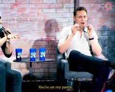 Flashback Friday: Tom Hiddleston at SDCC 2016. (Post: http://maryxglz.tumblr.com/post/163245031097/flashback-friday-tom-hiddleston-at-sdcc )