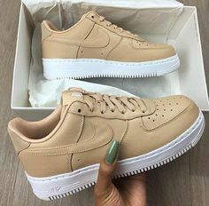 Top selling sneakers men and women including Nike sneakers, best Adidas sneakers, designer sneakers for kids, best sneakers App and where to find exclusive sneakers. Sneakers Fashion, Fashion Shoes, Shoes Sneakers, Shoes Heels, Roshe Shoes, Nike Fashion, Tan Nike Shoes, Nike Shoes Tumblr, Light Pink Sneakers