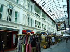 Chợ Bugis, bán cả đồ cao cấp lẫn bình dân, 200 Victoria St, Singapore 188021, Singapore (Downtown Core)