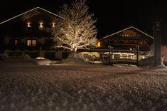 Winterwochenprogramm im Wander- & Aktivhotel in Bramberg, Salzburg Wellness, Snow, Outdoor, Ski Trips, Winter Vacations, Ski, Nature, Outdoors, Outdoor Games