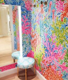 Hand-painted mural in Lilly Pulitzer boutique
