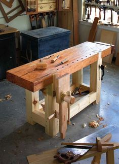 9 Natural Cool Tips: Woodworking Workbench Crafts woodworking bench outdoor.Old Wood Working Bench woodworking for kids easy. Woodworking Bench Plans, Woodworking Projects That Sell, Workbench Plans, Learn Woodworking, Popular Woodworking, Woodworking Furniture, Woodworking Crafts, Workbench Top, Woodworking Magazine