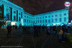 https://flic.kr/p/NdTmWH | HUMBOLDT-UNIVERSITÄT ZU BERLIN @ FESTIVAL OF LIGHTS 2016 | HUMBOLDT-UNIVERSITY BERLIN during the Festival of Lights 2016. #festivaloflights #fol #berlin #lights #illuminations #BMUB #zander&partner #hu #uni #mobilität