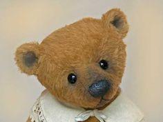 Silvia Gilles Artist Bear