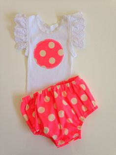 Baby girl size 000 bright pink/orange spot nappy cover and singlet set