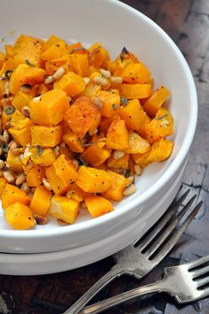 Roasted Butternut Squash with Garlic, Sage & Pine Nuts. sub rosemary for the sage? Veggie Dishes, Tasty Dishes, Vegetable Recipes, Food Dishes, Vegetarian Recipes, Cooking Recipes, Healthy Recipes, Side Dishes, Primal Recipes