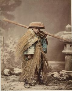 the average height of a samurai was only 132 cm. Japanese History, Japanese Culture, Japanese Art, Japanese Prints, Photo Vintage, Vintage Photos, Old Pictures, Old Photos, Photo Japon