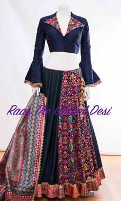 Indian Fashion Dresses, Indian Gowns Dresses, Dress Indian Style, Indian Designer Outfits, Choli Blouse Design, Choli Designs, Lehenga Designs, Saree Blouse Designs, Garba Dress