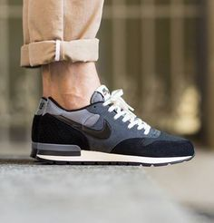 Nike Air Epic: Anthracite