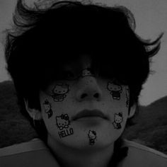 #taetae Theme Bts, Cute Emo Boys, Grunge Guys, Bad Boy Aesthetic, Aesthetic Dark, Foto Jimin, Cute Icons, Taekook, Alter