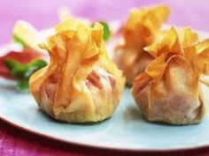International Cooking School Vacations: Filo Pastry Parcels of Four Cheeses Phyllo Dough Recipes, Appetizer Recipes, Appetizers, Chefs, Cooking Pork Tenderloin, Cooking Basmati Rice, Chicken Ham, Filo Pastry, Fast Easy Meals
