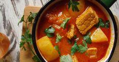 Dzisiaj zapraszamy Was na jednodaniowy, sycący posiłek, który doskonale rozgrzeje w chłodne dni. Węgierski bogracz to doskonała kompozycja ... Thai Red Curry, Ethnic Recipes, Food, Eten, Meals, Diet