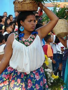 Afro-Mexicans (mexicanos negros) are Mexicans who are mostly of African ancestry. Afro-Mexicans who used to be found in every part of Mexico. Afro, Black Is Beautiful, Beautiful People, African Diaspora, African Culture, African American History, African Beauty, Black People, Black History