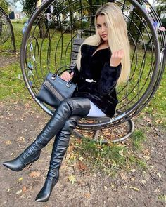 Twitter Mens Tall Boots, High Leather Boots, Sexy Boots, Black Boots, Black Leather, Womens Thigh High Boots, Thigh High Boots Heels, Leather Fashion, Fashion Boots