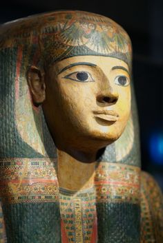 Coffin of Priestess of Amon-Ra Djed-Mut. (c) by rob koopman. Vatican museum.