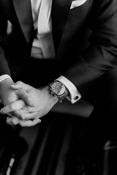 Der Gentleman, Gentleman Style, Christian Grey, Mafia, Bad Boy Aesthetic, Men Photography, Photography Portraits, Detroit Wedding, Boy Poses
