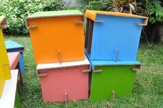 Mobiliario infantil 100% reciclable Outdoor Furniture, Outdoor Decor, Outdoor Storage, Outdoor Structures, Home Decor, Upcycling, Decoration Home, Room Decor, Home Interior Design
