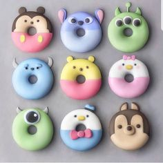 Donuts are fried sweets made with flour, white sugar, butter and eggs. Donuts are one of the favorite foods of American nationals. Donuts are more welcomin Delicious Donuts, Delicious Desserts, Yummy Food, Comida Disney, Disney Food, Disney Pixar, Classic Desserts, Cute Desserts, Disney Desserts